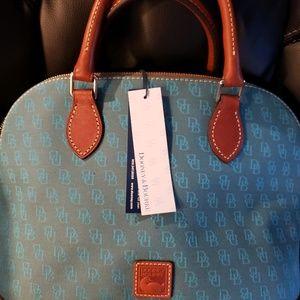 Brand new Dooney and Bourke purse